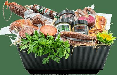 Korb gefüllt mit Produkten vom Bauernkistl